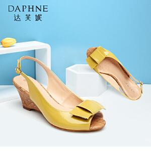 Daphne达芙妮2015新款女鞋 鱼嘴蝴蝶结高跟陂跟凉鞋1015303012