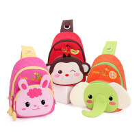 儿童包包 儿童胸包旅行包迷你休闲包 男童女童斜挎包