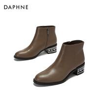 Daphne/达芙妮2017冬 休闲冬靴英伦风复古圆头粗跟靴子女短靴