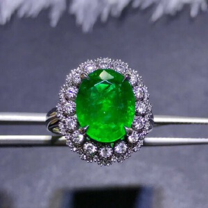 天然哥伦比亚祖母绿戒指,主石尺寸:10x14mm!精工镶嵌