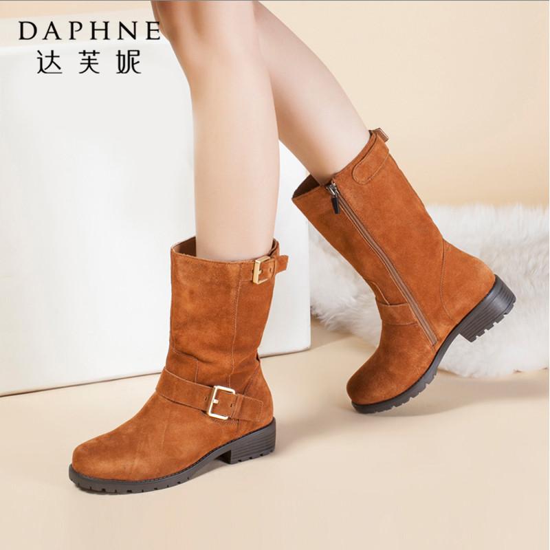 Daphne/达芙妮时尚舒适潮流反绒粗跟皮带扣拉链中筒靴