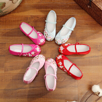 儿童绣花鞋女民族风老北京手工布鞋演出复古公主学生表演舞蹈鞋子