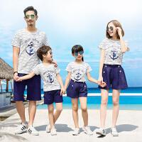 度假亲子装夏装一家三口2018新款潮海边沙滩家庭全家装