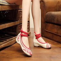 年秋冬新款中国风青花瓷系列绣花布鞋女单鞋CL