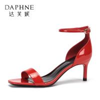 Daphne/达芙妮2018夏季新款一字带亮片高跟凉鞋女