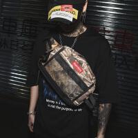 潮牌单肩包男大容量斜挎包学生嘻哈运动个性青年背包包骑行包