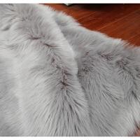 20180917184341927仿羊毛地毯镂空铁艺椅子装饰毯子卧室地毯床边地毯商铺橱窗白色毛