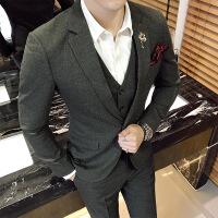 暗条纹新郎伴郎礼服西装男士修身发型师西服马甲裤子三件套装