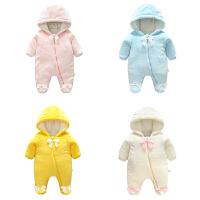女婴儿睡衣连体衣服男宝宝0新生儿3个月1秋冬季6外出抱衣外套装