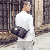 单肩包男韩版时尚斜挎包男士包包运动休闲包小挎包 黑色