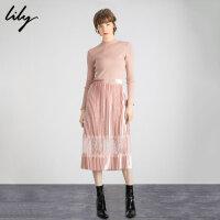 Lily冬新款亮丝粉针织蕾丝拼接高腰长款百褶连衣裙7907