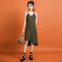 七格格 女夏装连衣裙2017新款时尚军绿色V领高腰修身显瘦无袖漏背吊带裙