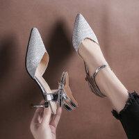 新款尖头细跟单鞋女 一字扣银色高跟鞋子 时尚细跟包头凉鞋女士中跟后空