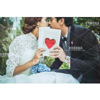 新款婚纱摄影红色心形镂空道具书 唯美爱情主题道具 影楼道具