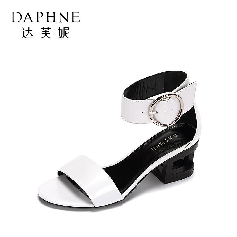 Daphne/达芙妮专柜休闲学生镂空粗跟女鞋 简约环扣一字带凉鞋 支持专柜验货 断码不补货