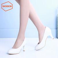 达芙妮集团 鞋柜新品头高跟鞋休闲酒杯跟女鞋1116101235