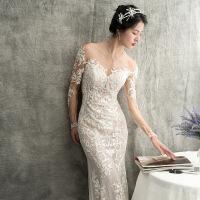 婚纱一字肩2018新款韩版显瘦新娘结婚礼服修身简约鱼尾长拖尾