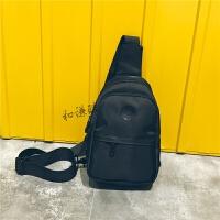 休闲胸包男女韩版腰包小包包男士斜挎包单肩包运动背包潮包 黑色
