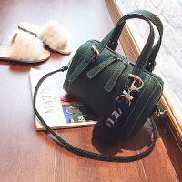 2018秋冬新款韩版复古波士顿女包枕头包休闲手提包单肩斜挎小包包