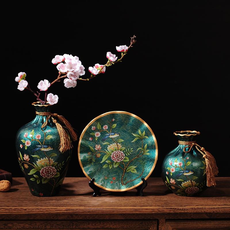 摆件家居饰品创意陶瓷花瓶三件套客厅酒柜电视柜茶几装饰摆设 +花 发货周期:一般在付款后2-90天左右发货,具体发货时间请以与客服协商的时间为准