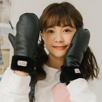ins韩版冬季保暖防风耐脏PU软皮带绳挂脖学生女连指手套骑车加绒