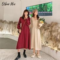 七格格长袖连衣裙秋冬装2019年新款女韩版中长款显瘦黑色针织裙子