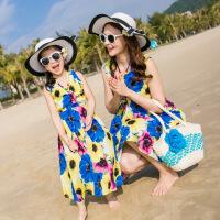 亲子装夏季2018波西米亚潮沙滩连衣裙母女海边度假全家套装