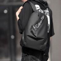 牛津布双肩包男潮牌男士包时尚休闲背包旅行轻便潮流大学生书包