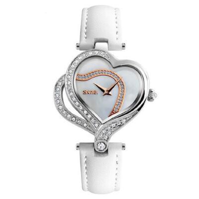 时尚潮流女士皮带石英手表水钻时装表防水腕表创意心形表壳 品质保证 售后无忧 支持货到付款
