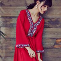 (实拍)民族风春夏装刺绣七分袖棉麻连衣裙红色长裙度假沙滩裙仙