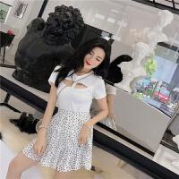 套装女夏韩版新款小心机低胸镂空T恤上衣+高腰波点百褶裙两件套潮 均码