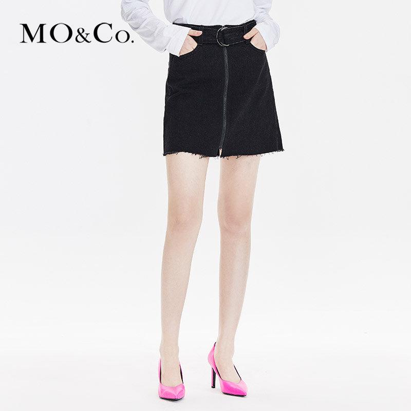 MOCOA型腰带黑色牛仔高腰半身裙春女短裙2019款MAI1SKT029摩安珂 满399包邮 拉链门襟 腰带收腰