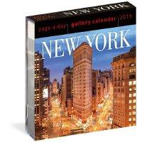 【现货】英文原版 2019年画廊日历:纽约 进口台历 每天一页 精美装帧 New York Page-A-Day Ga
