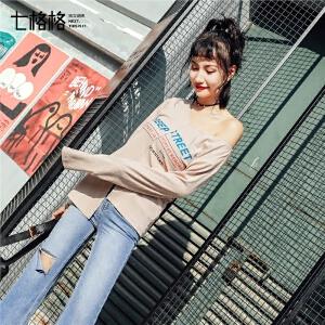 七格格长袖t恤女装2018春装新款韩版学生百搭不规则字母印花v领打底