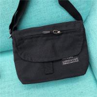 男士包袋潮�n版百搭帆布包斜跨包�渭绨�新款手提包小方包�凸�