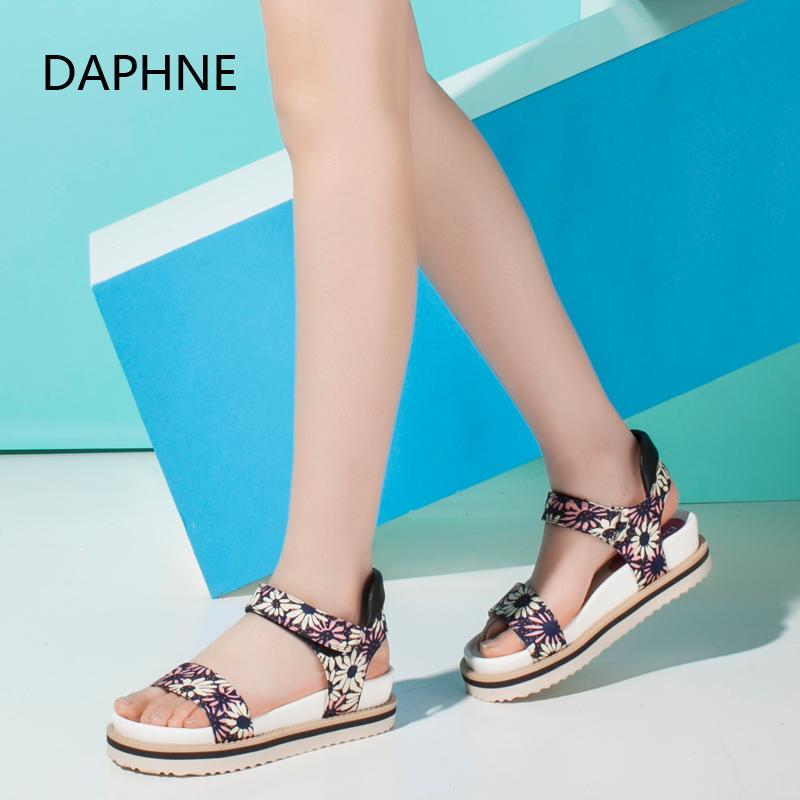Daphne/达芙妮夏季新品时尚印花平底增高女布凉鞋