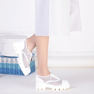 Daphne/达芙妮 春季新款休闲深口网面镂空鸟巢女单鞋