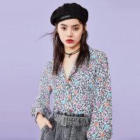 太平鸟豹纹衬衫女2019新款夏长袖v领上衣显瘦气质收腰洋气衬衣女