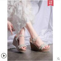 坡跟凉鞋女时尚百搭松糕厚底鞋网红同款一字带配仙女裙的鞋子女鞋