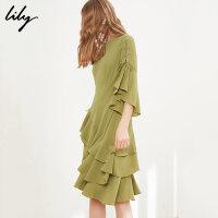 Lily春新款女装不规则荷叶边裙一字领收腰连衣裙118139C7906