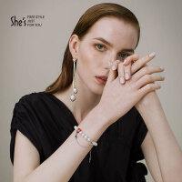 礼shes首饰品 新月之光系列合成立方氧化锆星星仿珍珠耳环耳饰女